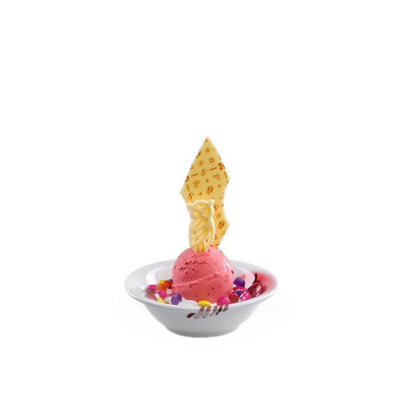 Children's delicacy ice-cream dessert