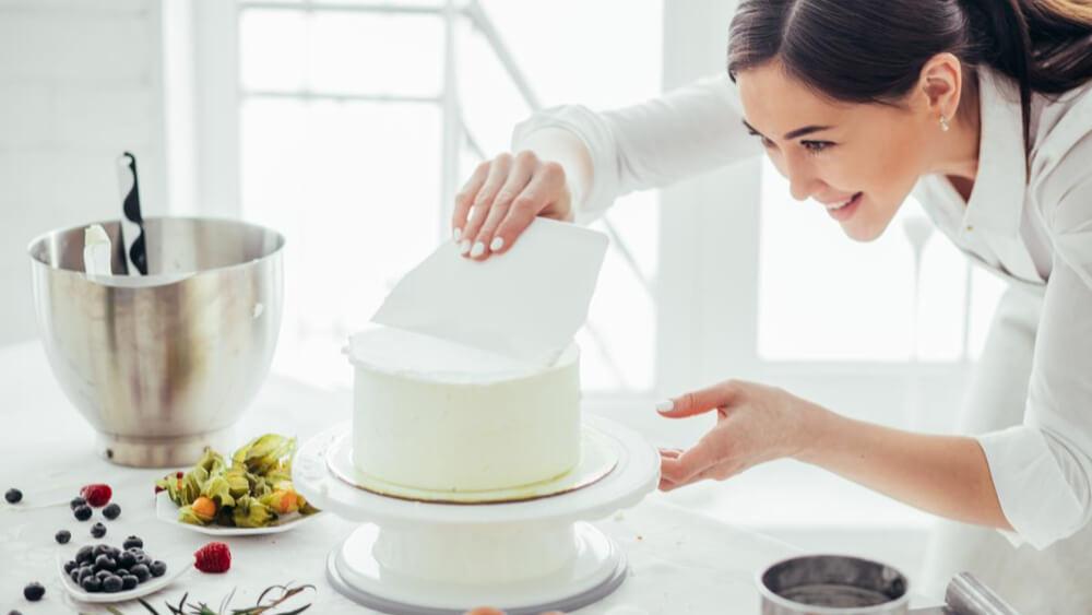 Z krainy cukierniczych marzeń. Jak powstają torty artystyczne?