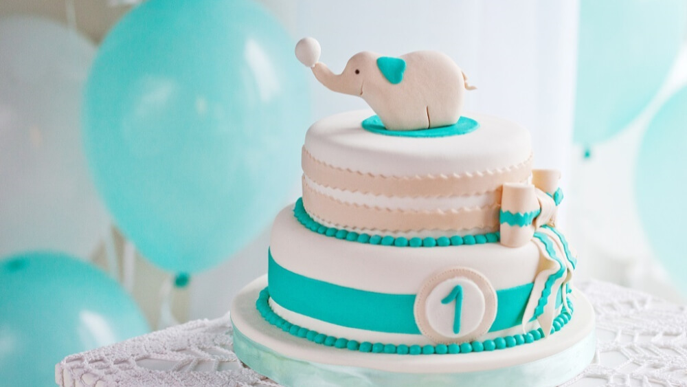 Tort na roczek. 5 propozycji dekoracyjnych tortów od Cukierni Sowa